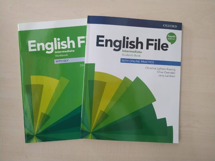 English File Intermediate 4 ed (Student's Book + Workbook)